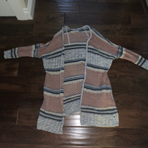 American Eagle Outfitters Sweaters - American Eagle Striped Cardigan in Medium